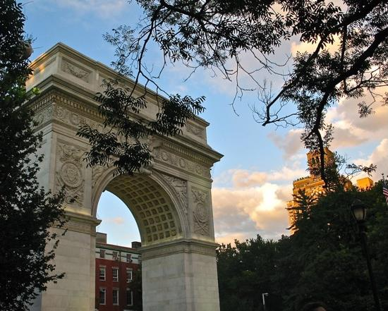 Above: New York Wallpaper: The Arch at Washington Square Park in Manhattan,
